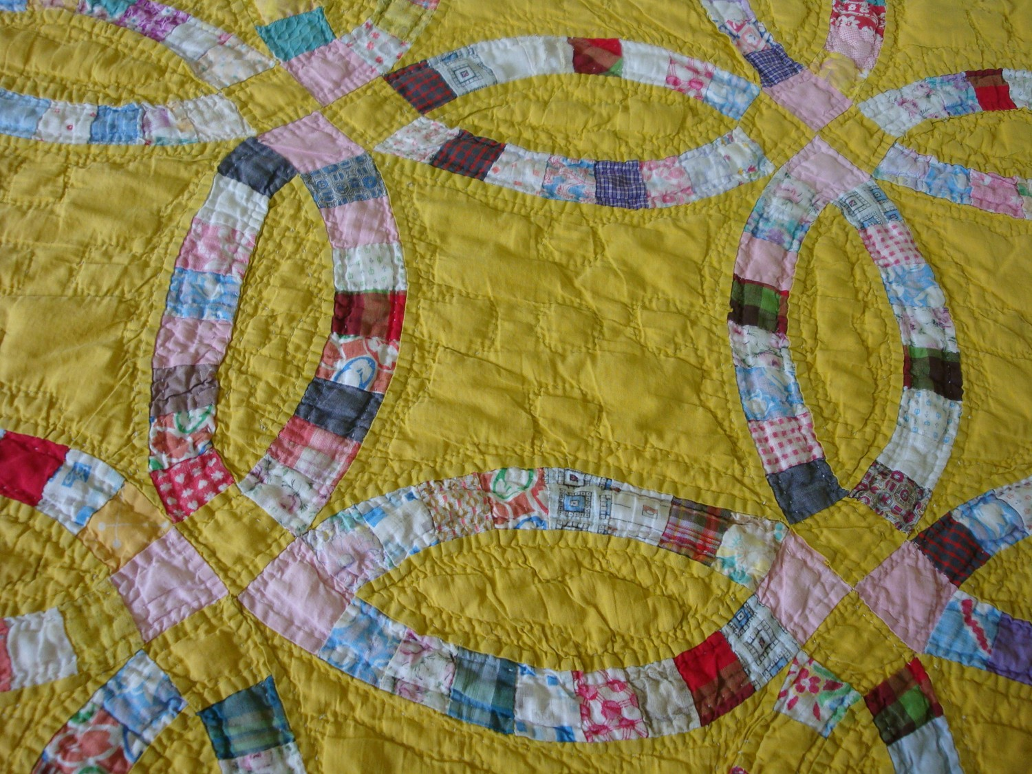 Mireio Finds Vintage Quilts On Etsy