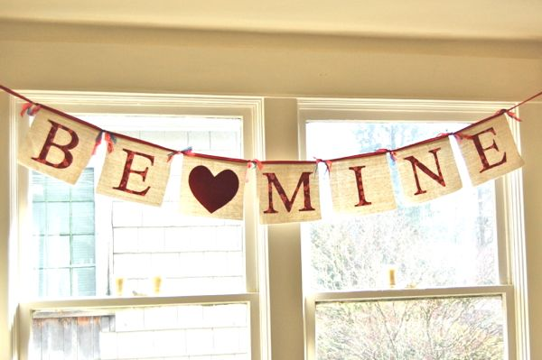 Be Mine Valentine Bunting